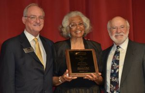 Warren County Board Member Wins Prestigious Award